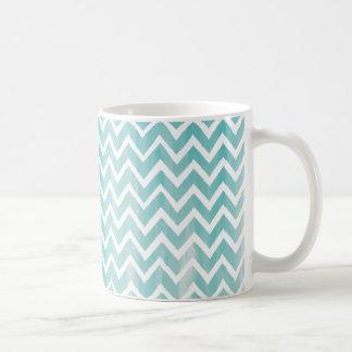 Het lichtblauwe Patroon van de Chevron van de Koffiemok