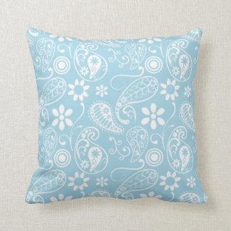 Het lichte Patroon van Paisley van het Baby Blauwe Sierkussen