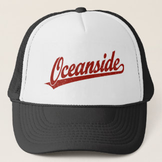 Het manuscriptlogo van Oceanside in verontrust Trucker Pet