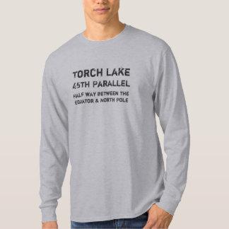 Het Meer van de toorts, Half tussen E… - Aangepast T Shirt