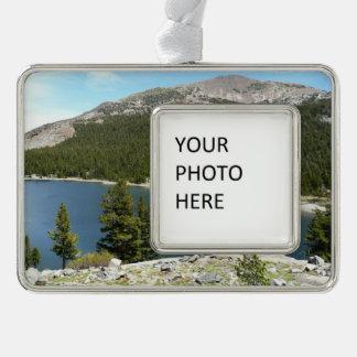 Het Meer van Tenaya in Nationaal Park Yosemite Verzilverd Omlijst Ornament