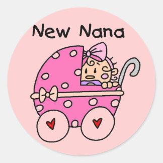 Het Meisje Nieuwe Nana T-shirts van het baby en Ronde Stickers