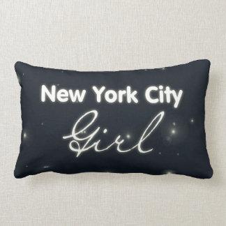 Het Meisje van de Stad van New York - Blauwe Hemel Lumbar Kussen