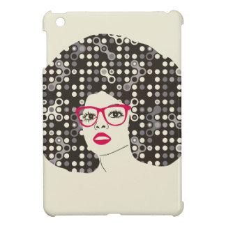 Het meisje van IT met sensuele rode lippen en iPad Mini Cover