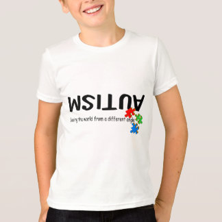 Het merken van de Wereld aan een Verschillende T Shirt