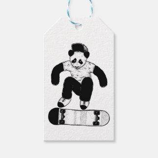 Het met een skateboard rijden van Panda Cadeaulabel
