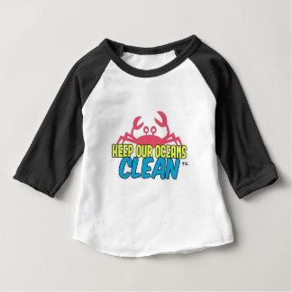 Het milieu houdt Onze Schone Slogan van Oceanen Baby T Shirts