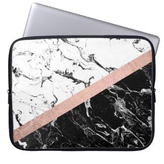 Het moderne zwarte witte marmeren kleurenblok nam laptop computer hoes