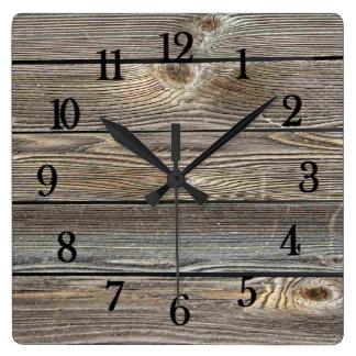 Het mooie authentieke kijken houten horizontale vierkante klok