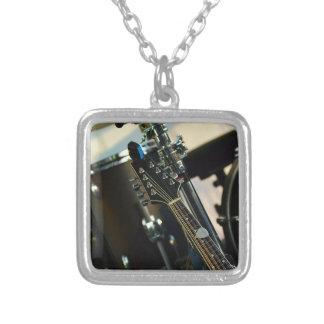 Het Muzikale Instrument van de Gitaar van de Zilver Vergulden Ketting