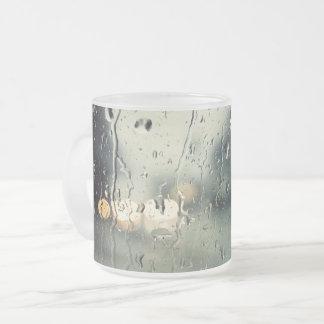Het natte uitzicht van de Straat van het Venster Matglas Koffiemok