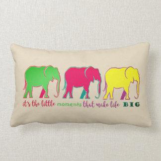 Het Neon van olifanten silhouetteert Kleurrijke Lumbar Kussen