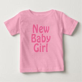 Het nieuwe Meisje van het Baby. Mooie Roze. Douane Baby T Shirts