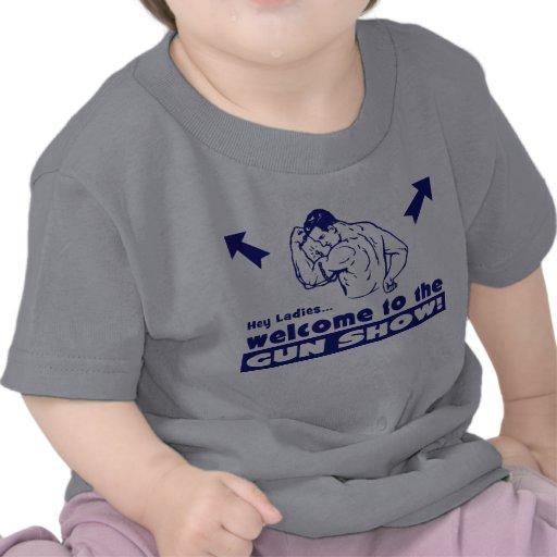 Het onthaal aan het Pistool toont! Tshirts