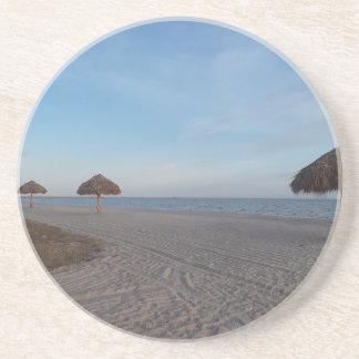 Het ontspannen de OceaanParaplu's van de Palm van Zandsteen Onderzetter
