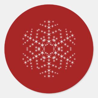 Het Ontwerp van de sneeuwvlok in Donkerrood en Wit Ronde Sticker