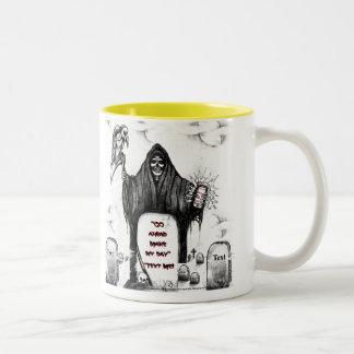 Het onverbiddelijke Collectie van de Maaimachine Tweekleurige Koffiemok