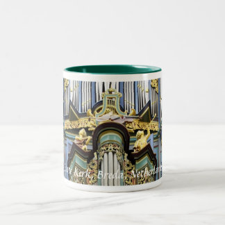 Het orgaan van Breda Grote Kerk, close-up Tweekleurige Koffiemok