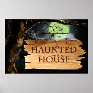 Het oude Griezelige Poster van het Spookhuis