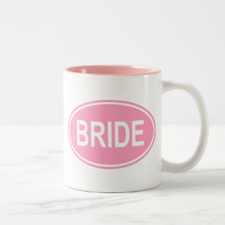 Maak je eigen bruiloft mokken en personaliseer met kleur, design of stijl.