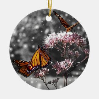 Het Overweldigen van de Foto van de Vlinder van de Rond Keramisch Ornament