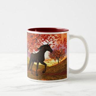 Het Paard van de herfst Tweekleurige Koffiemok