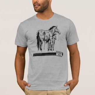 Het Paard van Przewalski, door Laura Lark T Shirt