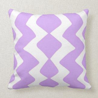 Het paarse en Witte Ontwerp van de Zigzag Kussen