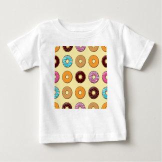Het Patroon van de doughnut op Geel Baby T Shirts