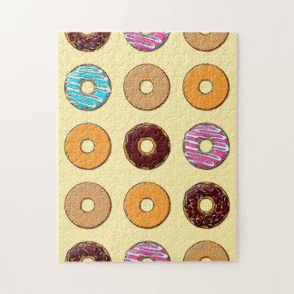 Het Patroon van de doughnut op Geel Legpuzzel