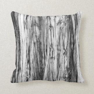 Het patroon van het drijfhout - zwarte, wit en sierkussen