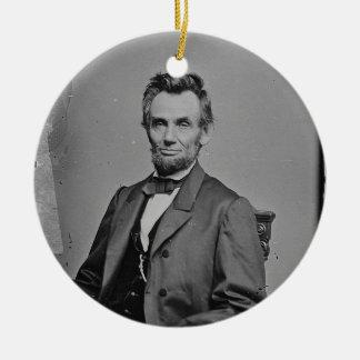 Het Portret van Abraham Lincoln van het president Rond Keramisch Ornament