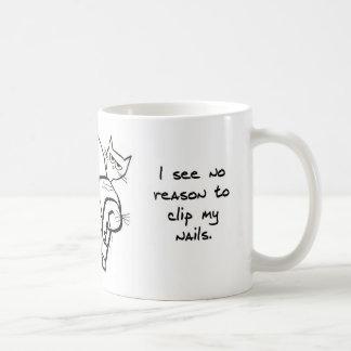 Het proberen om de Spijkers van de Kat te knippen Koffiemok