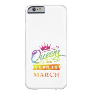 Het Queens is geboren in de Gift van de Verjaardag Barely There iPhone 6 Hoesje