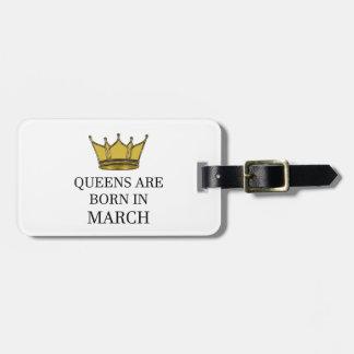Het Queens is Geboren in Maart Bagagelabel