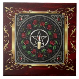 Het robijnrode Rode Middeleeuwse Ritueel van de Tegeltje