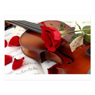 Het rood nam Muziek van de Viool van Bloemblaadjes Briefkaart