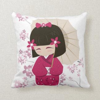Het roze Hoofdkussen van Doll Kokeshi - Witte Sierkussen