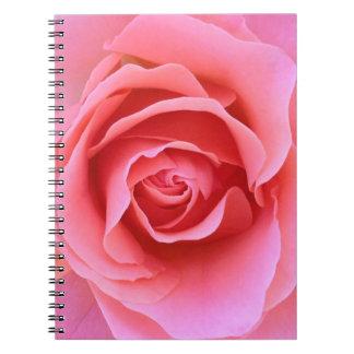Het roze nam notitieboekje toe ringband notitieboek