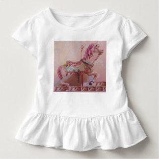 Het roze paard van de carrousel kinder shirts