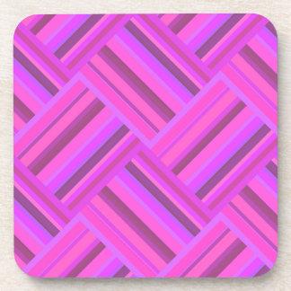 Het roze patroon van het strepen diagonale weefsel bier onderzetters