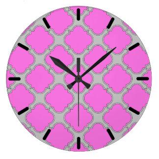 Het roze van Quatrefoil en grijs Grote Klok