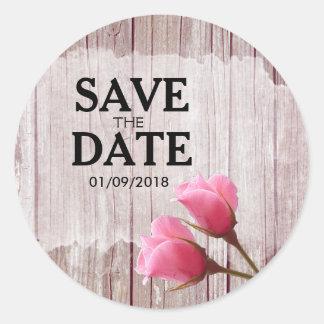 Het rustieke Houten Roze Rosebud Huwelijk bewaart Ronde Sticker