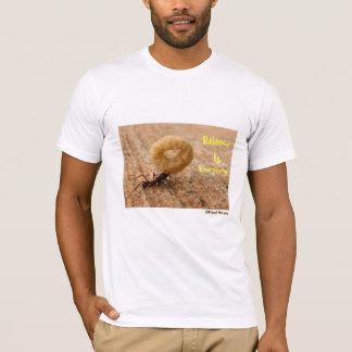 Het saldo is alles de T-shirt van de Ontwerper