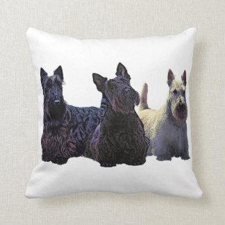 Het Schotse zwarte/wheaten trio van Terrier, Sierkussen