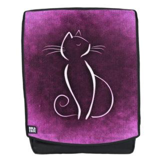 Het silhouet van de kat over magenta kleur op rugtassen