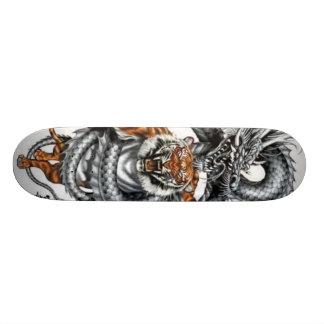 Het Skateboard van de Tijger van de draak