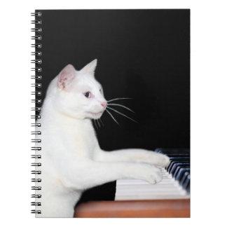 Het spelen van de piano kat notitie boek