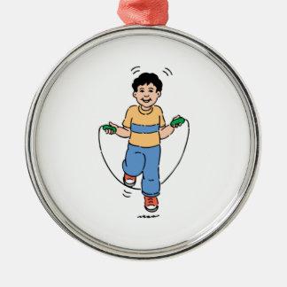 Het Spelen van het kind met een Springtouw Zilverkleurig Rond Ornament