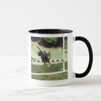 Het Springen van Chihuahua Hindernis Mok